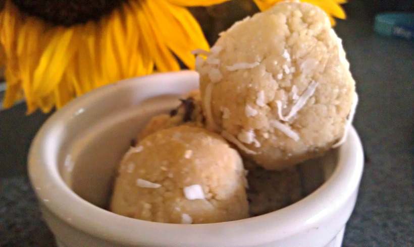 Cashew Mint Balls